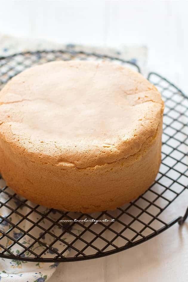 Pan di spagna soffice e alto - Ricetta Pan di spagna