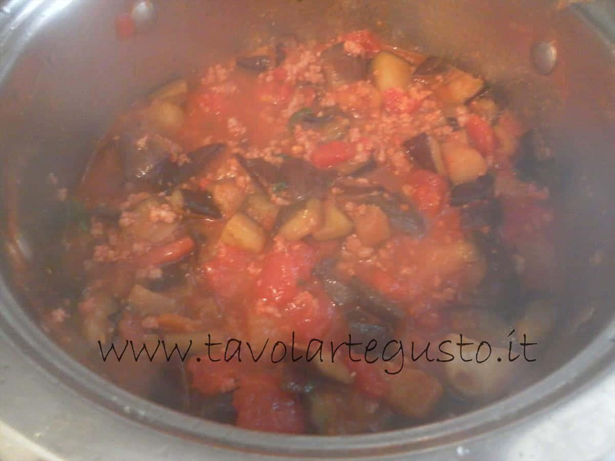come fare i conchiglioni ripieni di melanzane e mozzarella 7
