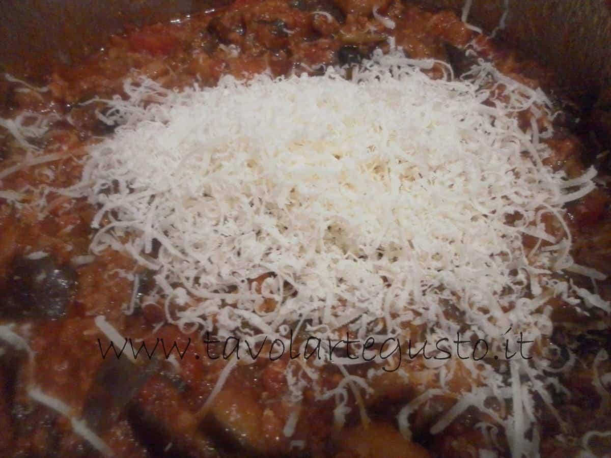 come fare i conchiglioni ripieni di melanzane e mozzarella 13