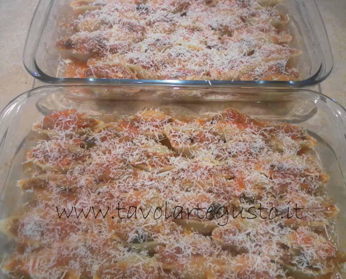 come fare i conchiglioni ripieni di melanzane e mozzarella 19