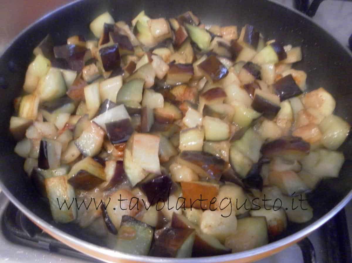 come fare i conchiglioni ripieni di melanzane e mozzarella 2