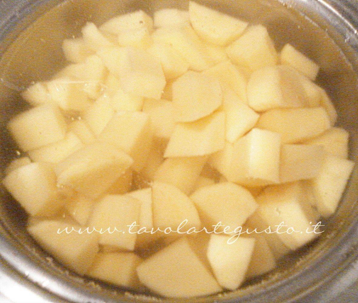 Bollire le patate - Ricetta Fusi di Tacchino al forno con patate