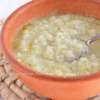 Zuppa di cavolfiore - Minestra di cavolfiore- Ricetta