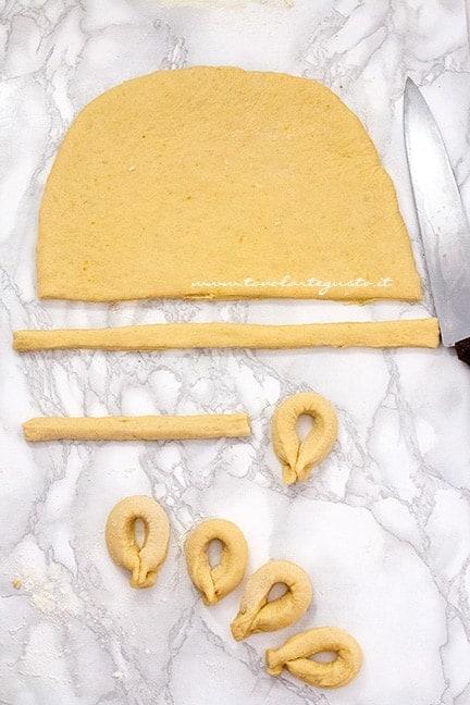 come realizzare le zeppole di patate - Ricetta Zeppole dolci di patate