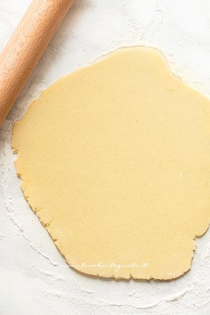 stendere la pasta frolla per biscotti - Ricetta Pasta frolla per biscotti