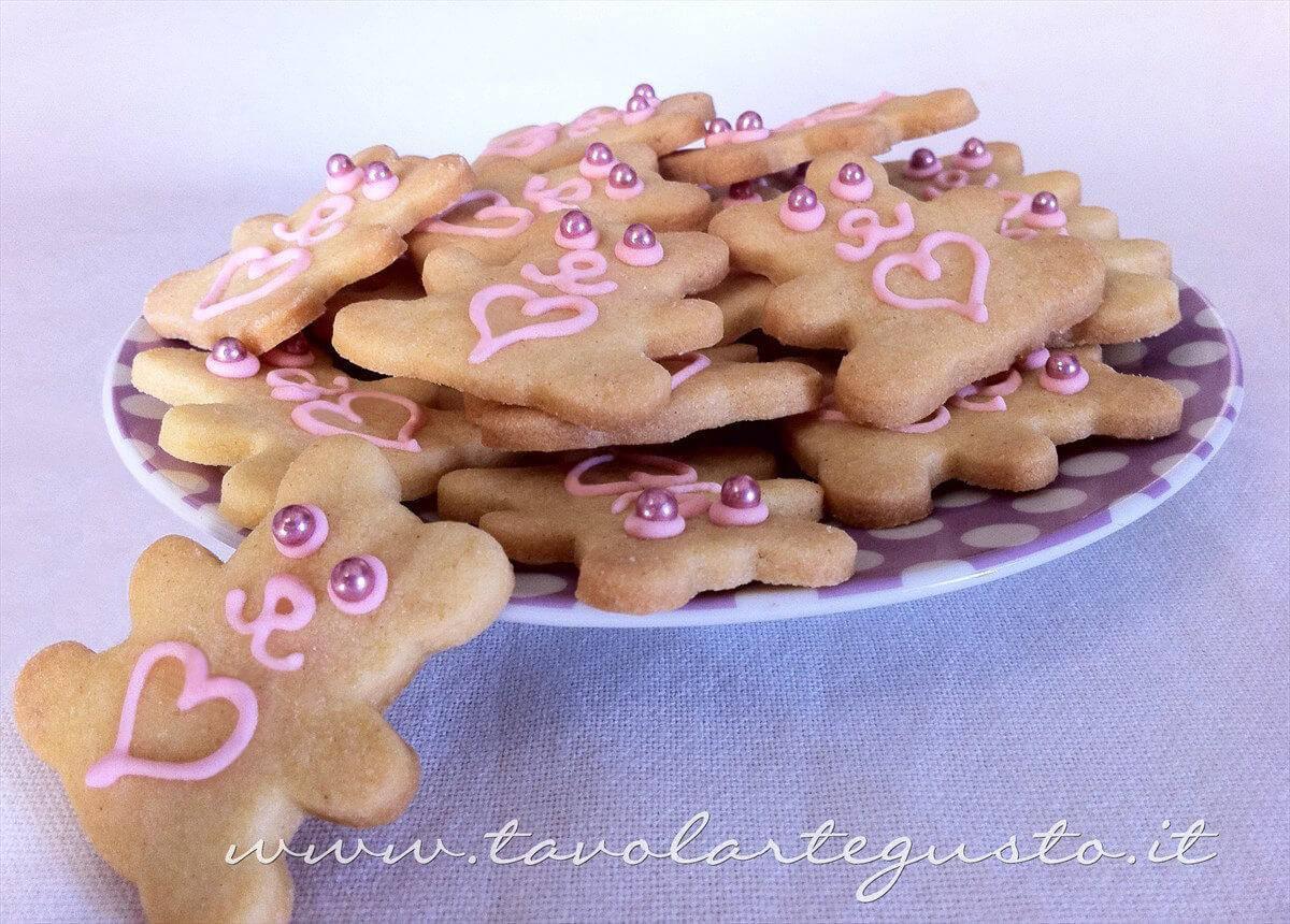 Biscotti decorati Orsetti del cuore - Ricetta Biscotti decorati Orsetti