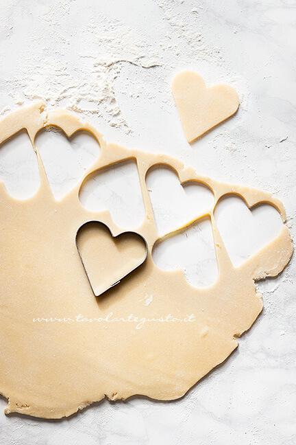 Realizzare i biscotti - Ricetta Biscotti frolla e cioccolato