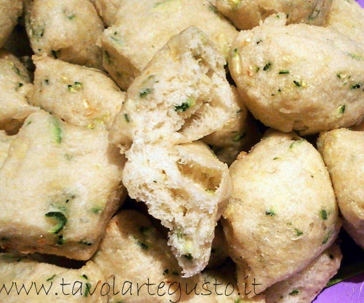 Zeppole di zucchine1
