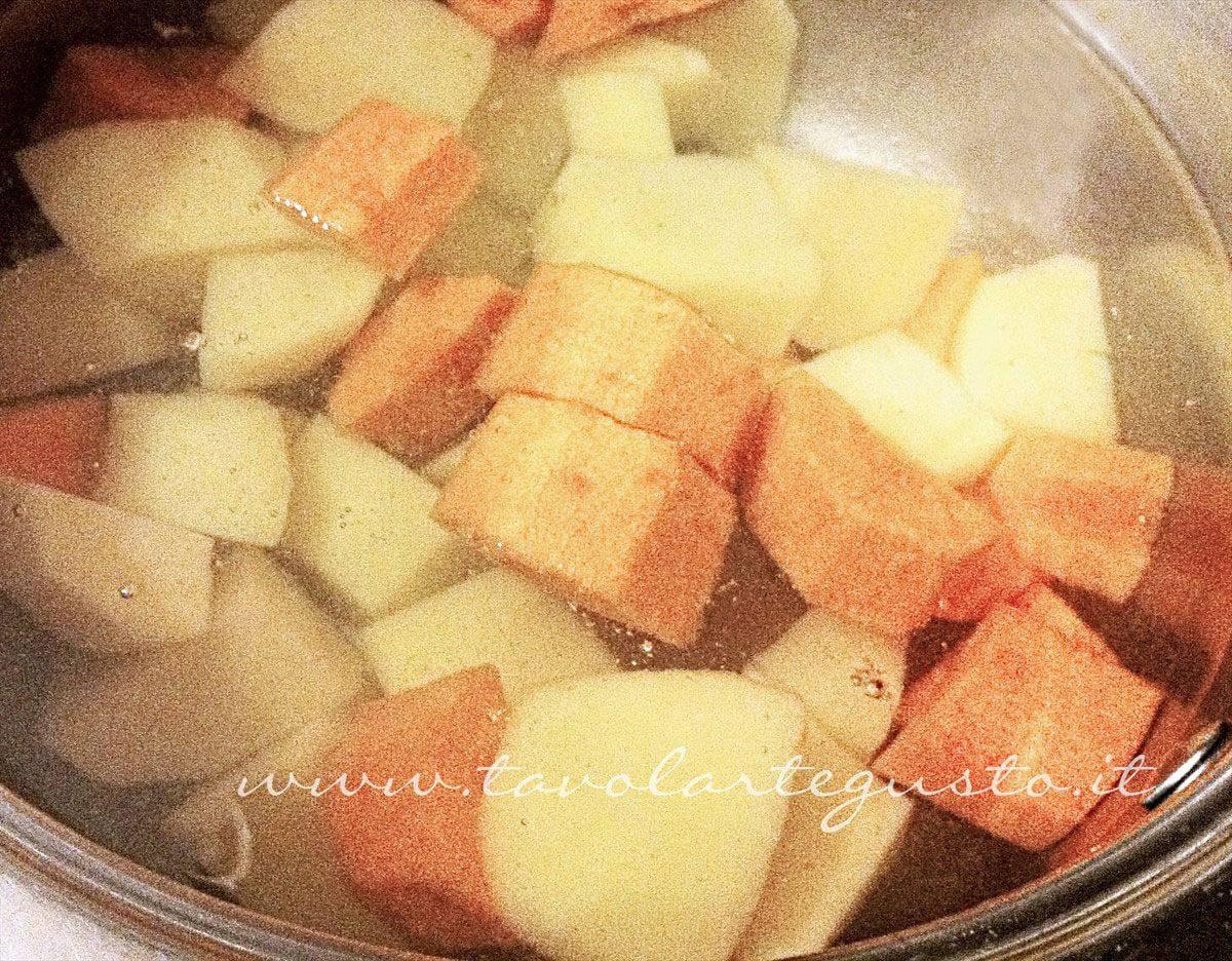 Bollire patate e carote - Ricetta Verdure gratinate
