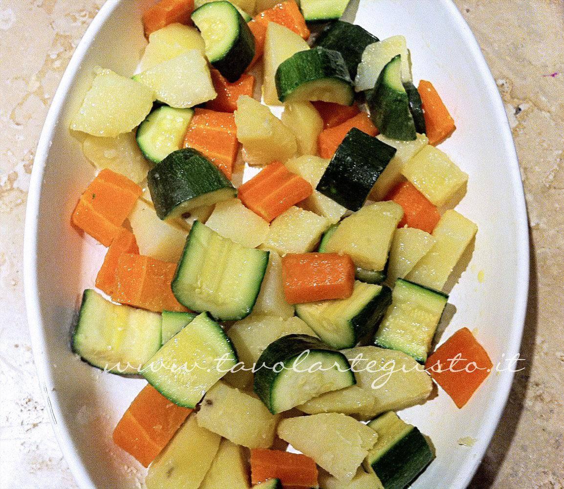 Disporre le Verdure in teglia - Ricetta Verdure gratinate