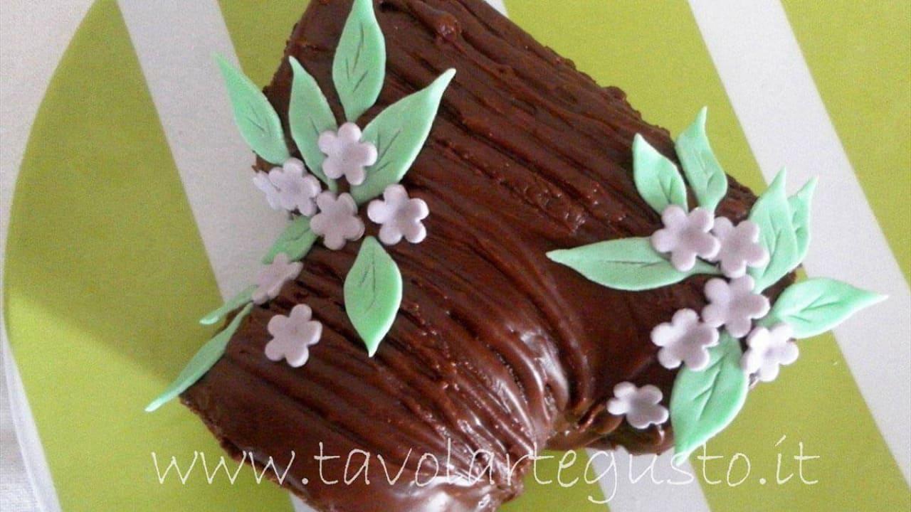 fondant al cioccolato Petalo con molte venature per creare fiori in pasta di zucchero
