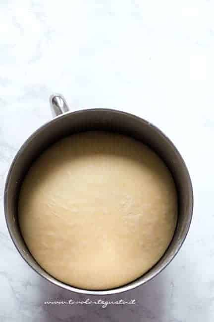 Impasto lievitato - Ricetta Brioche rustica