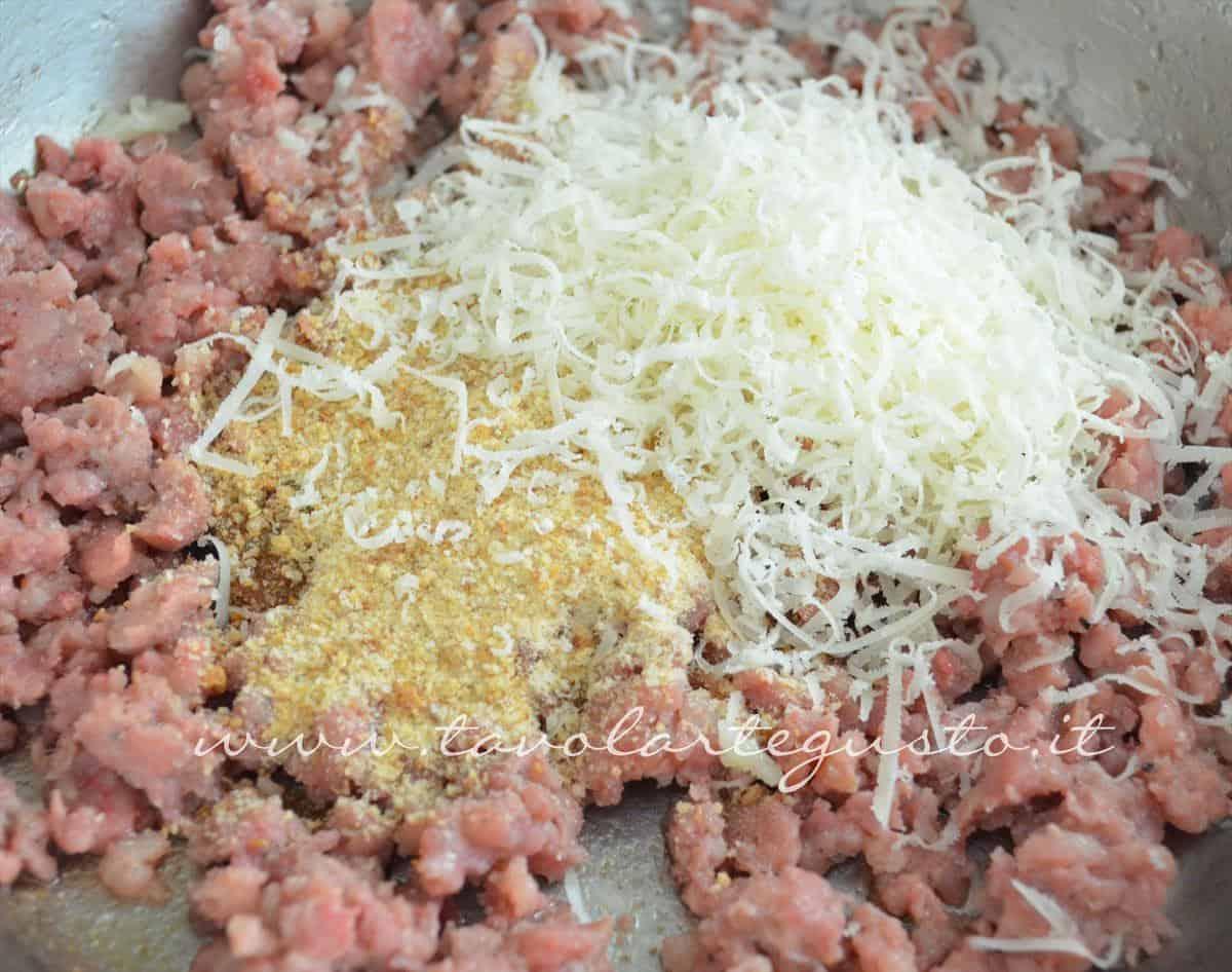 involtini di verza con salsiccia e scamorza4