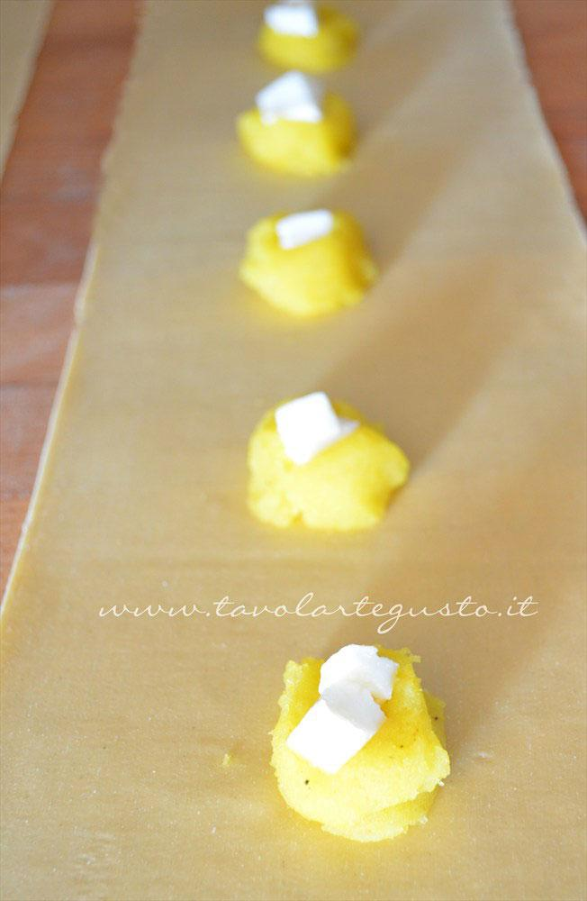 ravioli-di-patate,-mozzarella-e-zafferano5