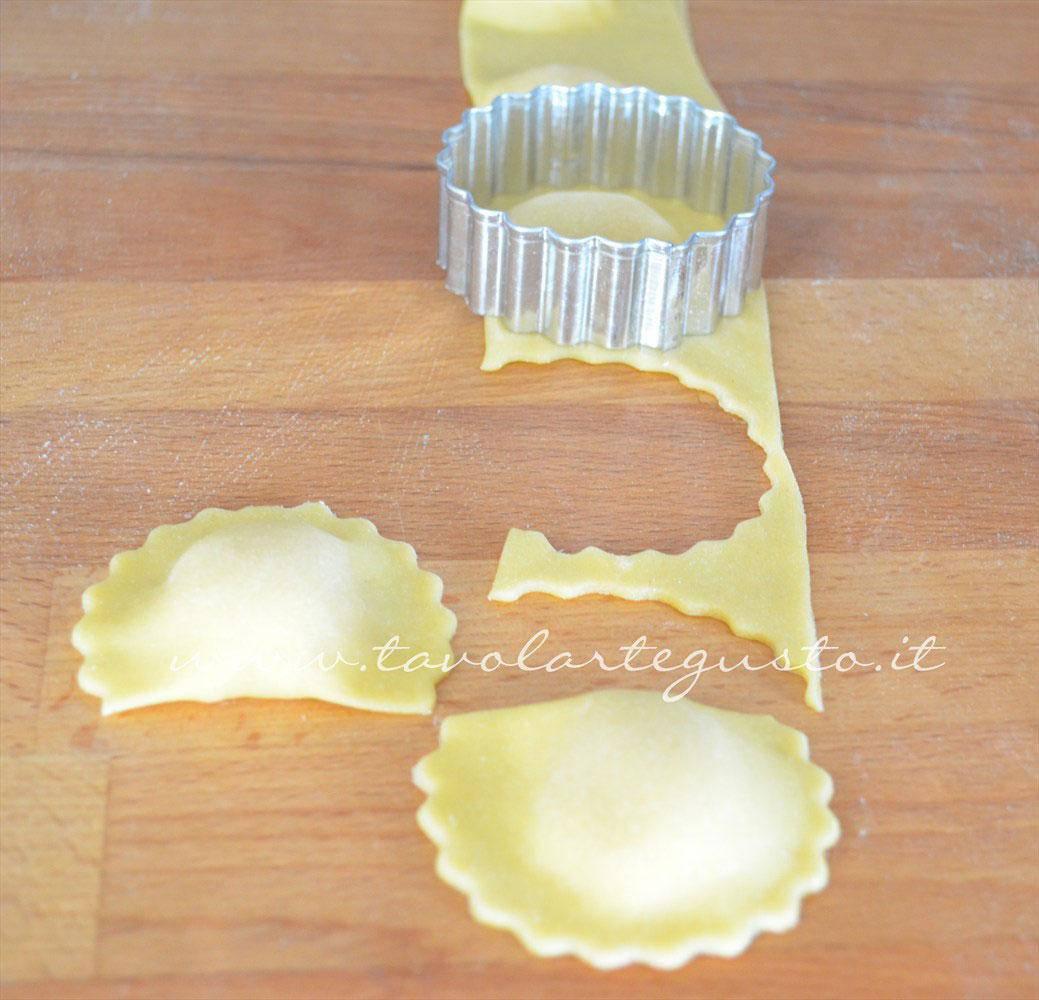 ravioli-di-patate,-mozzarella-e-zafferano8