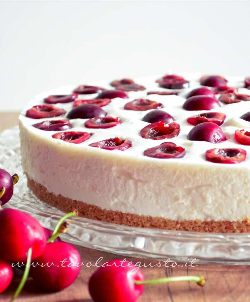 cheesecake yogurt e ciliegie
