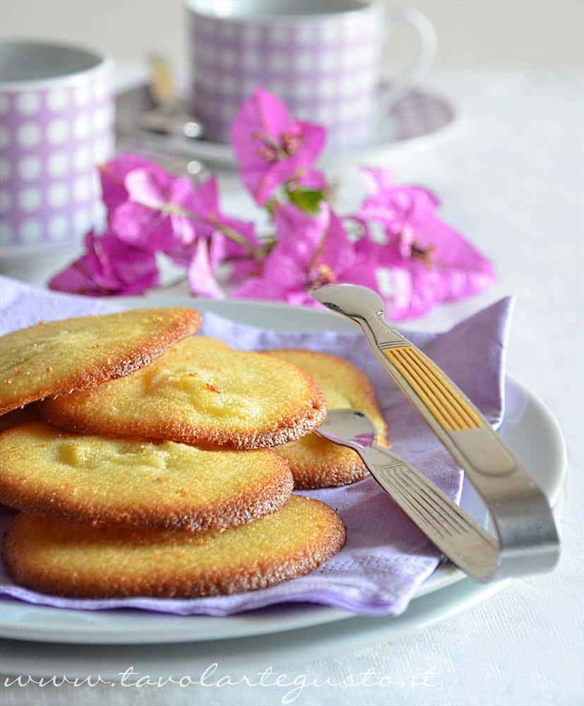biscotti morbidi all'ananas