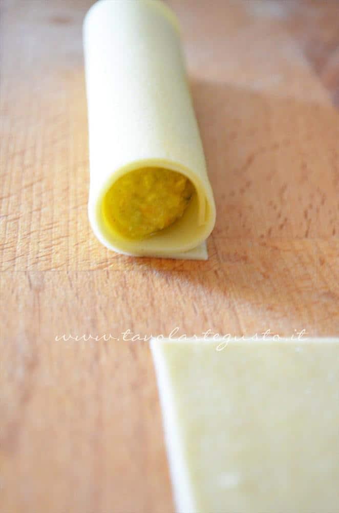 Cannelloni di platessa allo zafferano in sauté di mandorle13