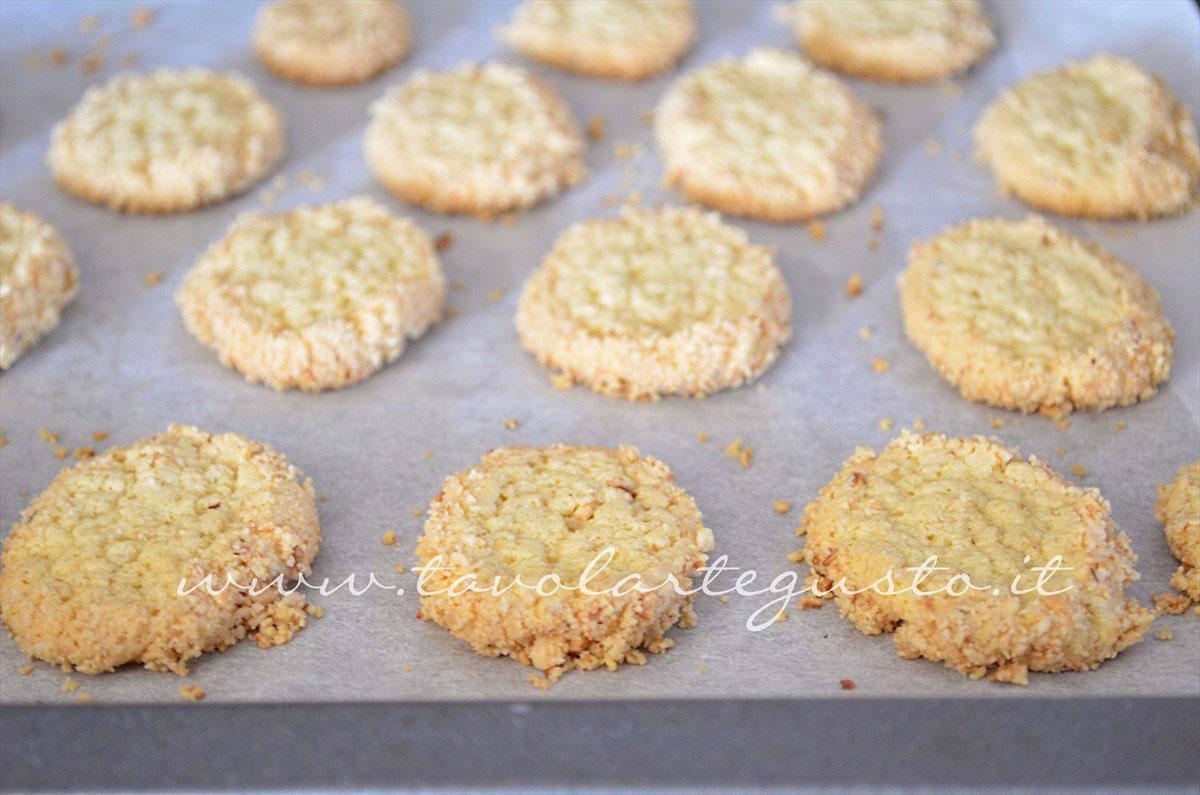 biscotti alle nocciole10