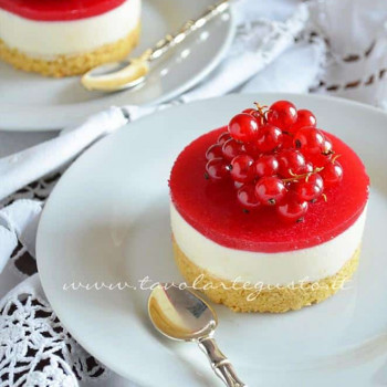 cheesecake cioccolato bianco e ribes