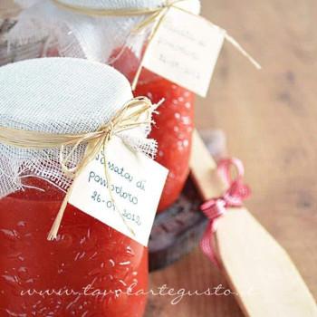 passata-di-pomodoro-fatta-in-casa