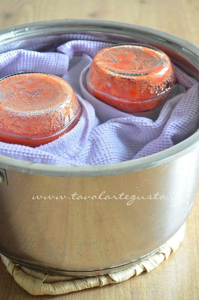 passata di pomodoro fatta in casa10