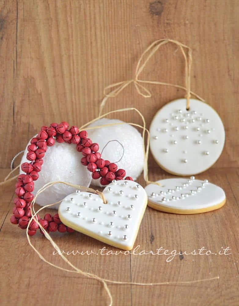 Biscotti di natale decorati in pasta di zucchero ricetta for Idee regalo doors