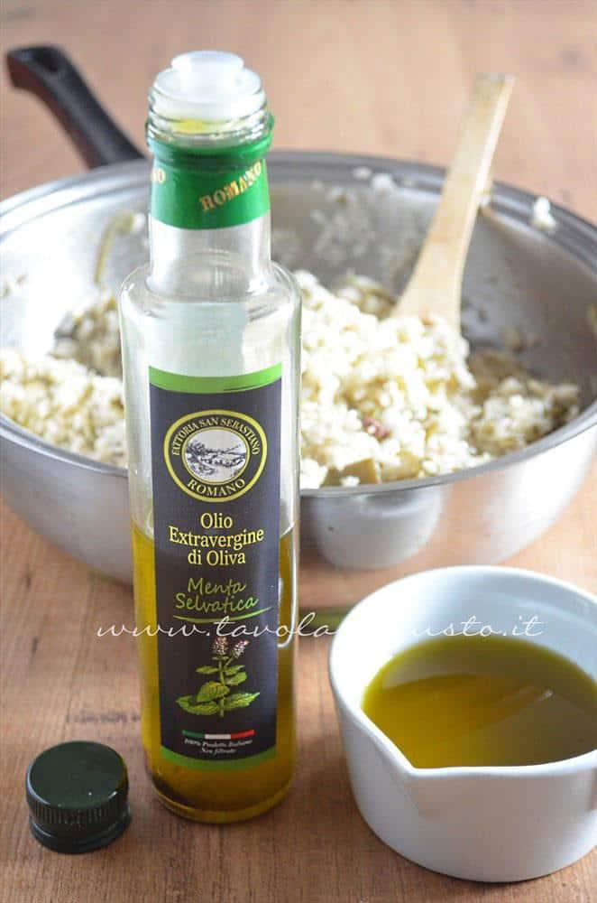 Olio alla menta Fattorie San Sebastiano - Ricetta Bordura di riso con crema di carciofi e crostini di Fiore Sardo
