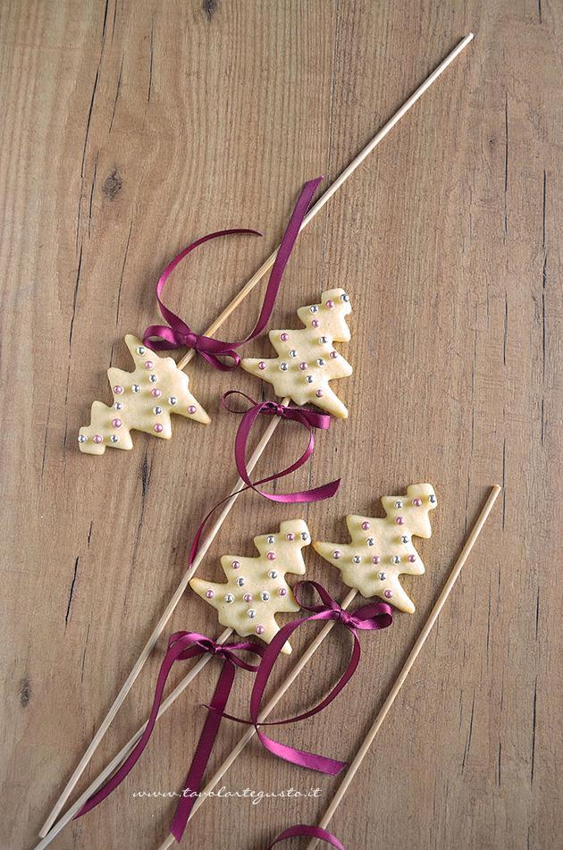 Idee Per Confezionare Biscotti Di Natale.Biscotti Lecca Lecca Natalizi Christmas Cookies Pops Ricetta