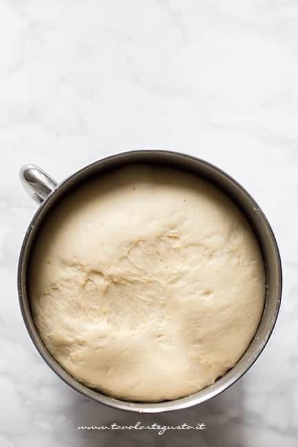 Impasto graffe lievitato - Ricetta Graffe senza patate