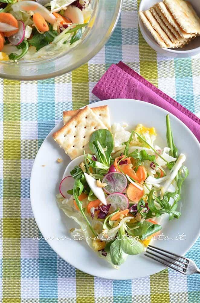 Insalata di frutta e verdura - Ricetta Insalata di frutta e verdura