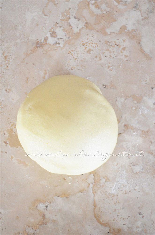 Formare una palla  -  Ricetta Biscotti per colazione Campagnole home made