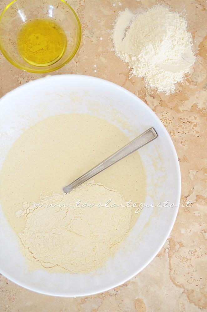 Preparazione 2° impasto 2 - Ricetta Pizza bianca col poolish