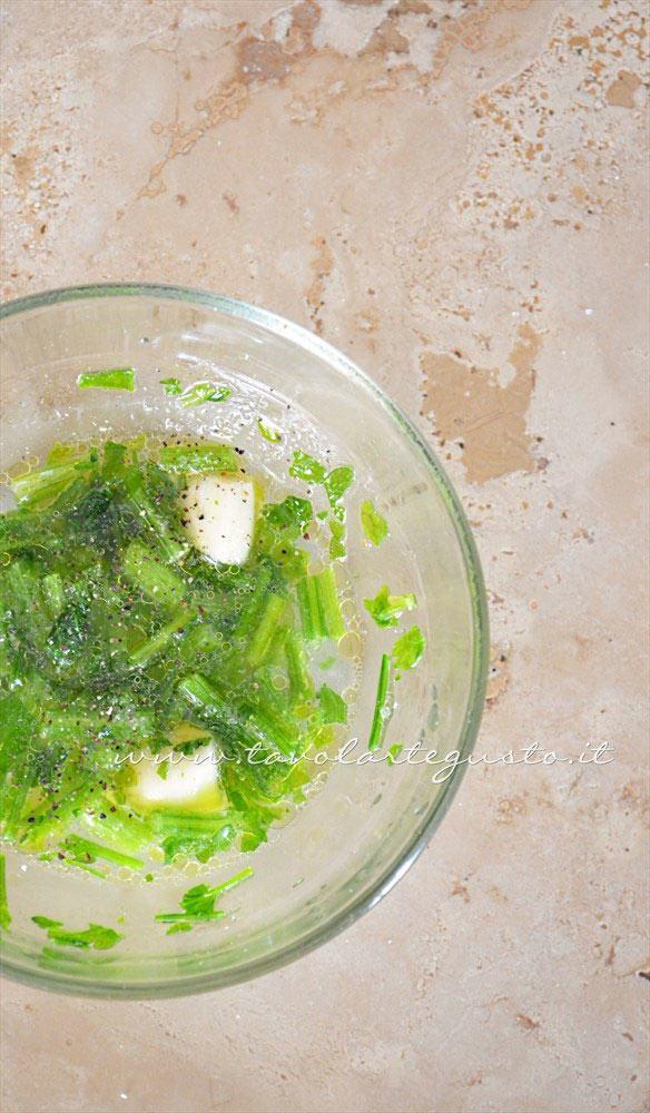 Marinatura per condire il polpo - Ricetta Polpo all'insalata