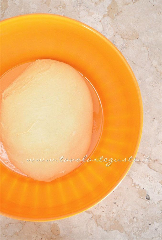 Impasto pronto per lievitare - Ricetta Pan Brioche senza burro - Pan Brioche all'olio