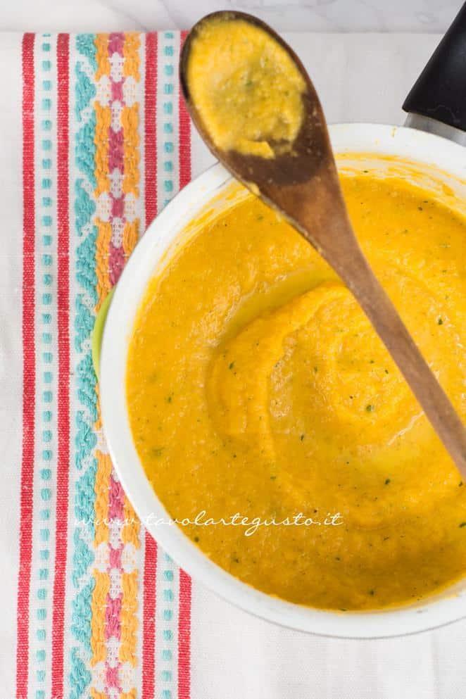Crema di zucca - Ricetta Risotto alla zucca con funghi e gorgonzola