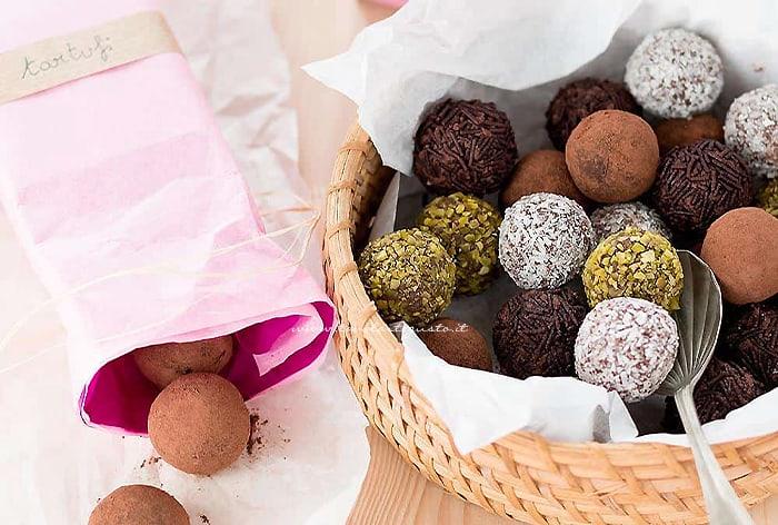 Tartufi al cioccolato - Ricetta Tartufi al cioccolato