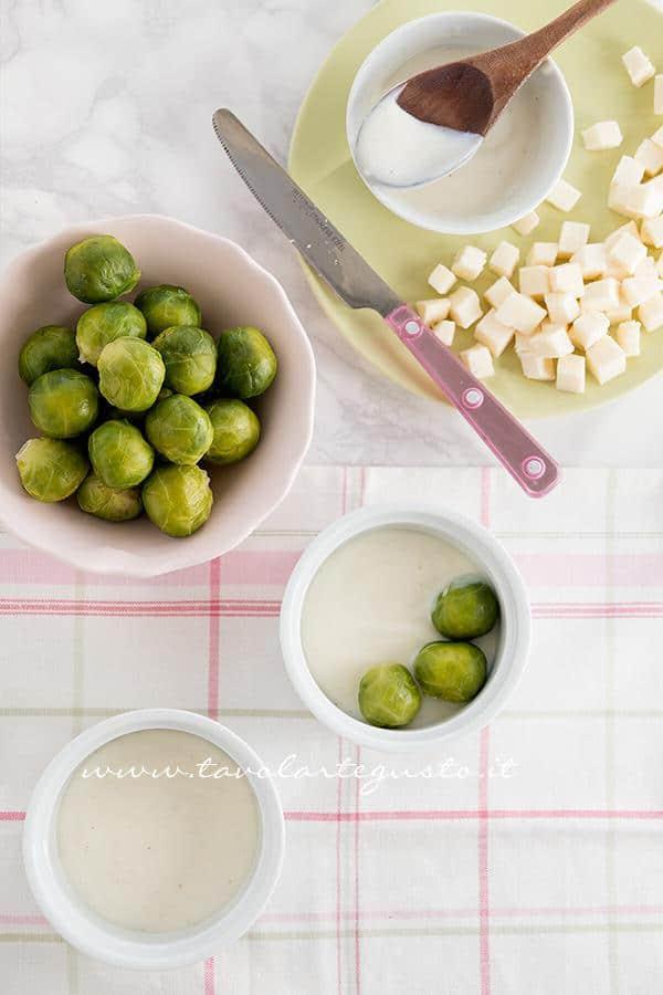 Preparare i cavoletti di Bruxelles gratinati 1 - Ricetta Cavoletti di Bruxelles gratinati
