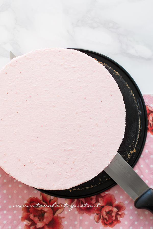 Sformare la Cheesecake alle Fragole - Ricetta Cheesecake alle Fragole