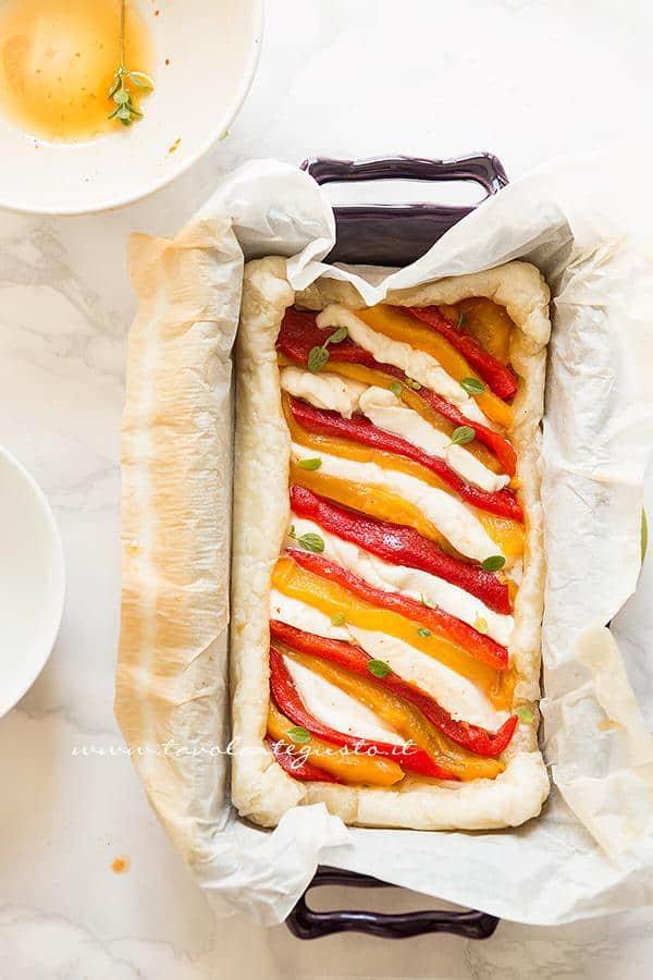 Come realizzare la Torta salata -Ricetta Torta salata peperoni e mozzarella