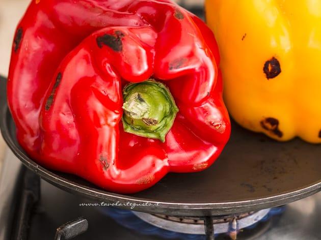Peperoni arrostiti- Come arrostire e spellare i peperoni