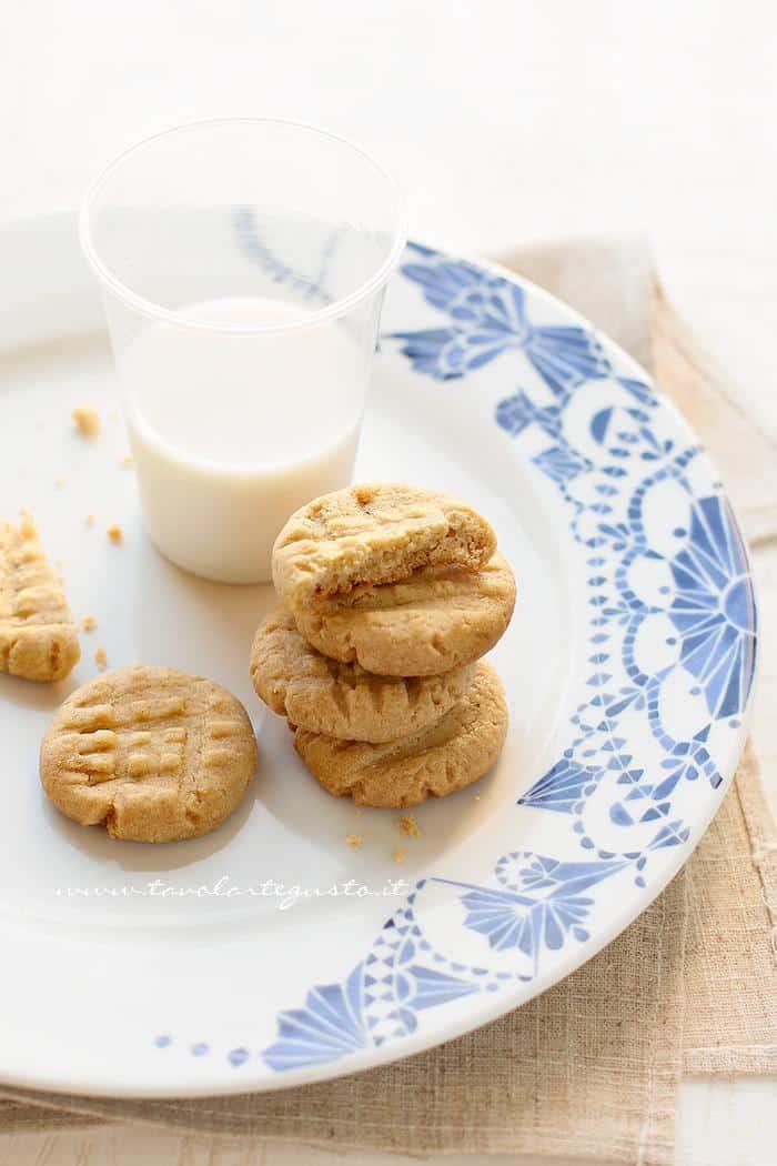 Biscotti al burro di arachidi - Ricetta Biscotti al burro di arachidi