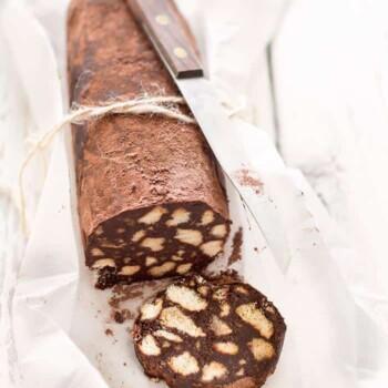 Salame di cioccolato senza uova - Ricetta Salame di cioccolato senza uova