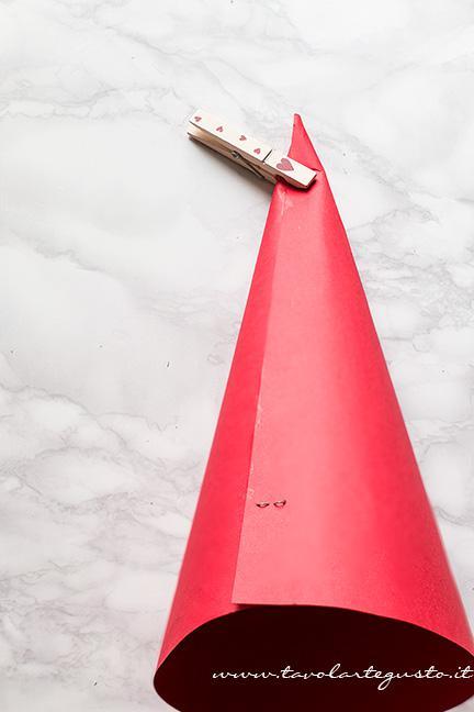 Centrotavola natalizio fai da te4-Ricetta Antipasto di Natale - Albero di Girelle di sfoglia