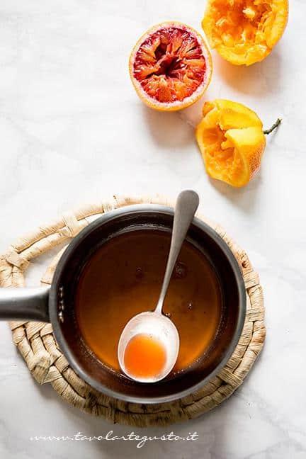 Come preparare la glassa-sciroppo all'arancia- Ricetta Torta all'arancia