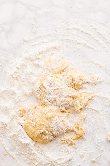 Preparare l'impasto -Ricetta Castagnole