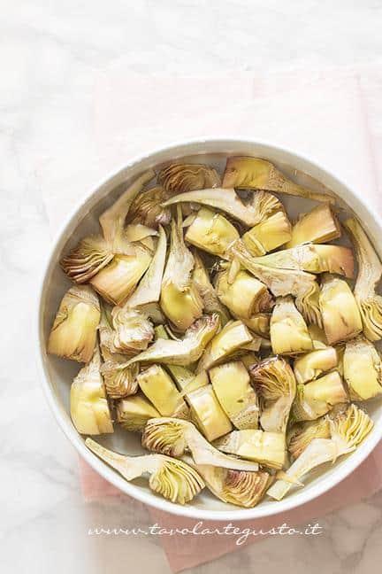 Carciofi puliti - Ricetta Torta salata con Carciofi