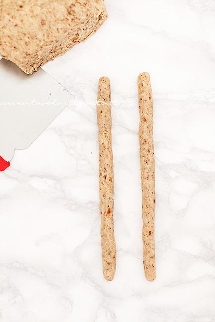 Come formare i Taralli intrecciati1 - Ricetta Taralli sugna e pepe
