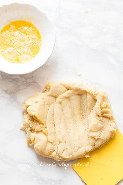 Come preparare l'impasto7 -  Ricetta Zeppole di San Giuseppe fritte