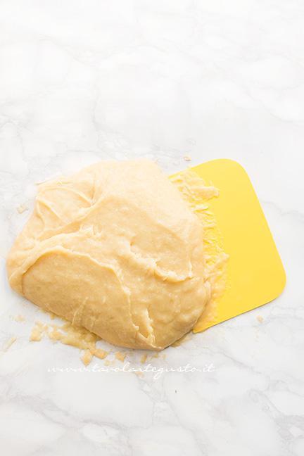 Come preparare l'impasto8 -  Ricetta Zeppole di San Giuseppe fritte